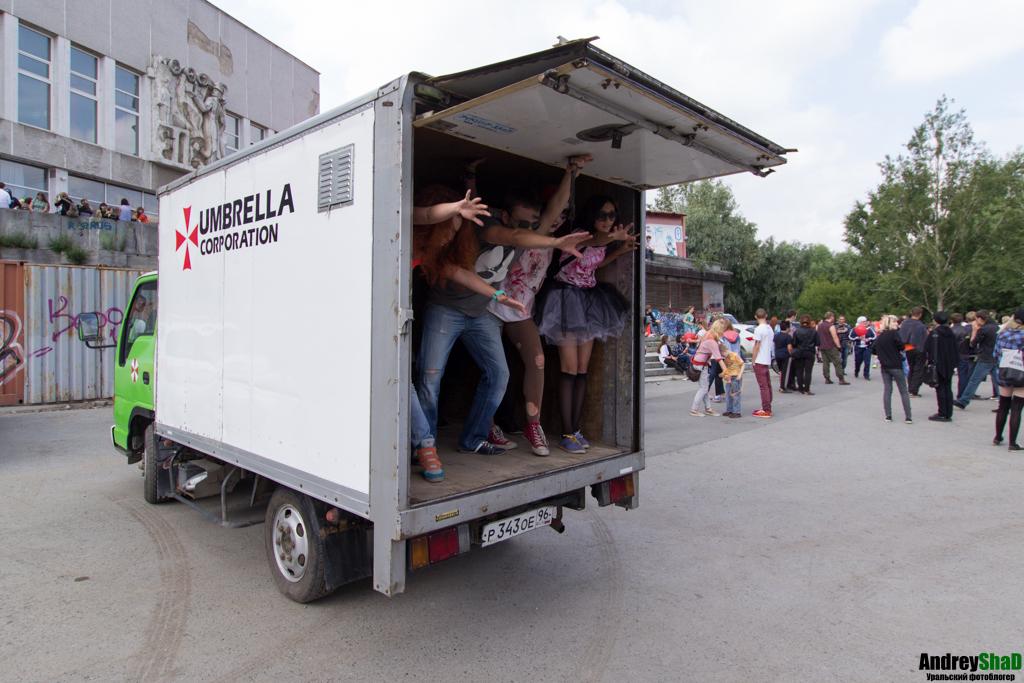 Флешмоб зомби в Екатеринбурге