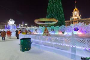 Аттракционы в ледовом городке Екатеринбурга